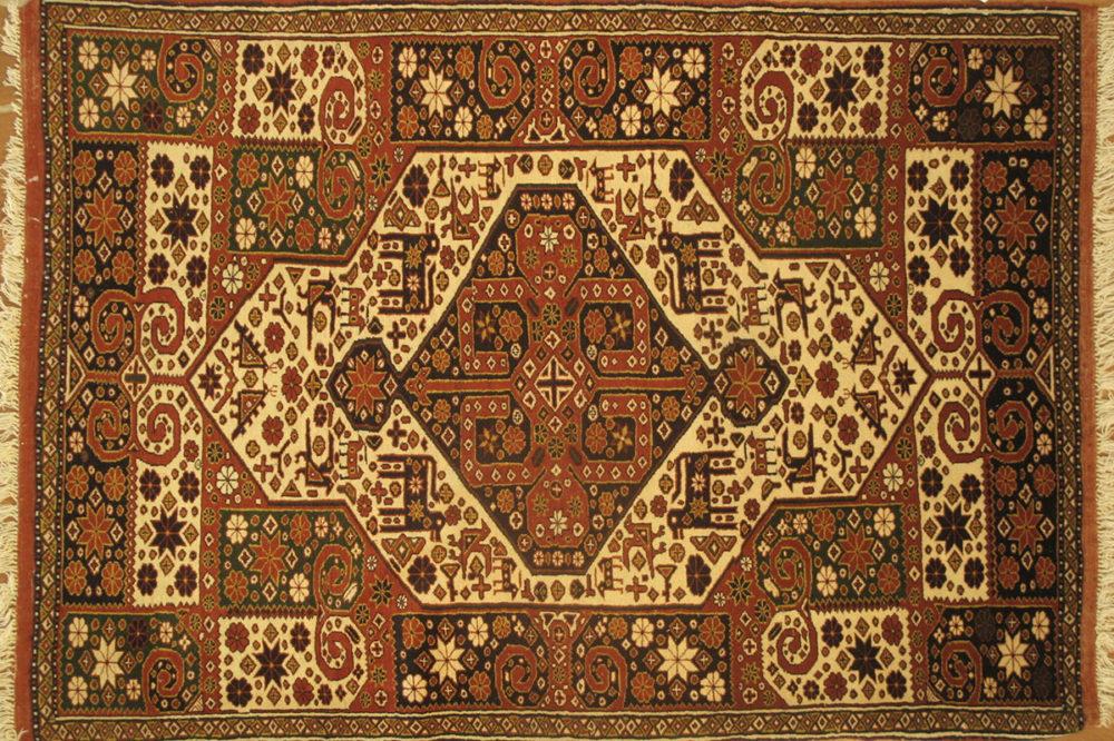 Qashgai, Persian (4' 3'' x 6' 2'')
